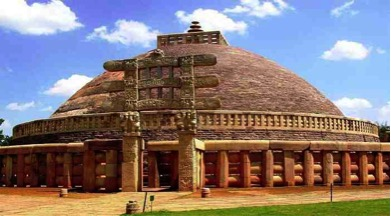 sanchi stupa images and one of the top tourist destinations and must see in india